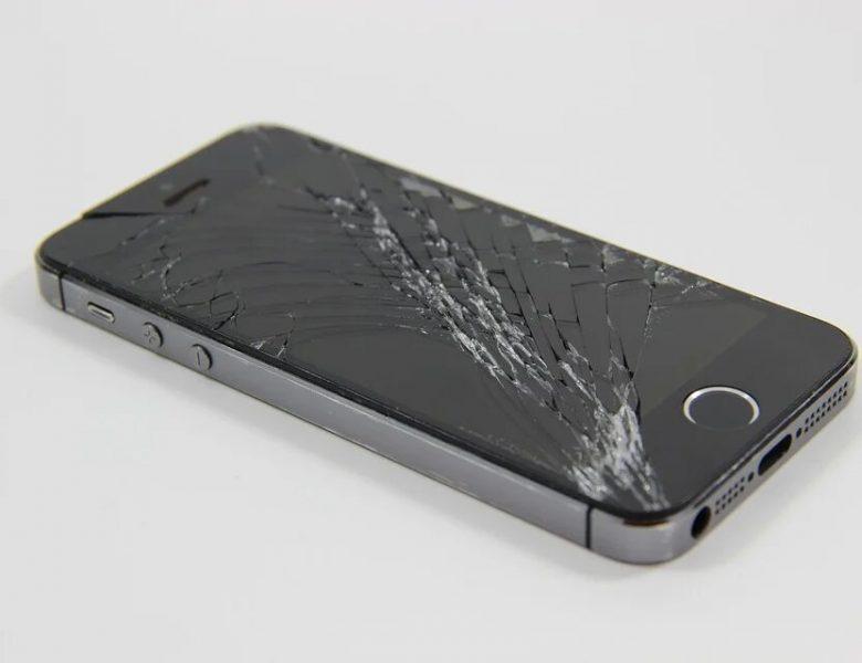 Comment remplacer un écran d'iPhone cassé ?